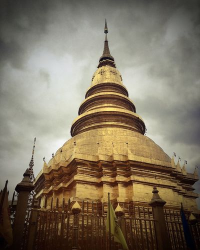 Architecture Religion Built Structure Building Exterior Sky Place Of Worship Spirituality Low Angle View Gold Colored Cloud - Sky Travel Destinations No People History Outdoors Ancient Day Gold Thailand Temple