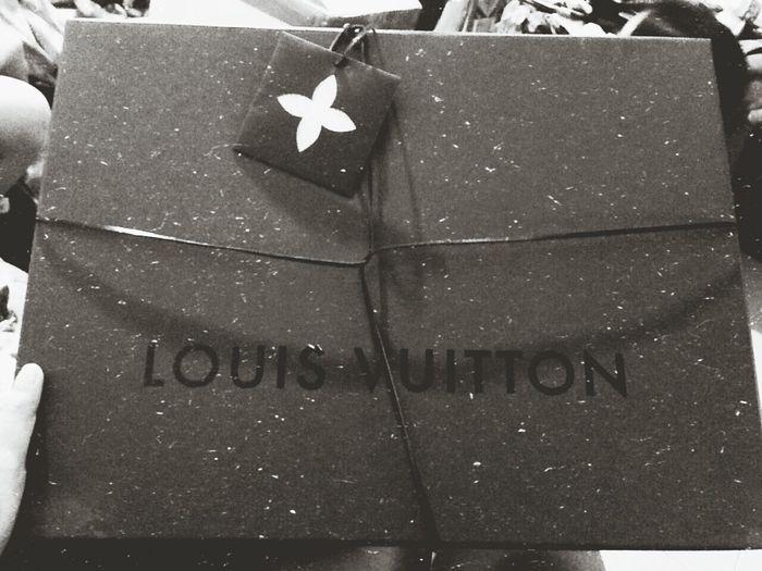 What is love? Louisvuitton Bag #louisvuitton Blackandwhite LV