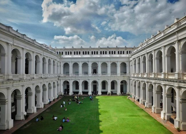 Architecture Cloud - Sky Travel Destinations History Built Structure Sky Day Outdoors Large Group Of People City Kolkata Musium EyeEmNewHere