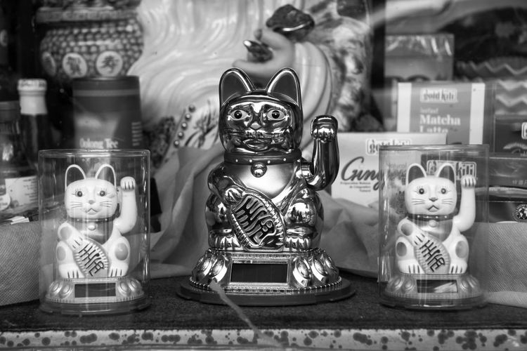 Rehearsal Animal Representation Black And White Photography Blackandwhite Cat Chinese Food Chinese Style City Life Close-up Day Group Of Objects Indoors  Lucky Cat Manekineko No People Sculpture Stage Store Window Trio