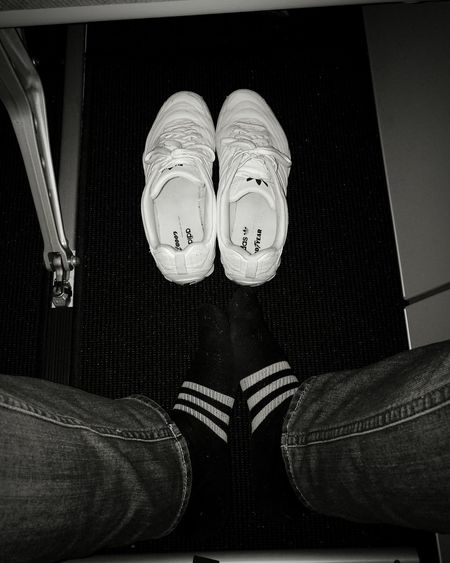 Adidas Shoe AdidasLover❤ Adidasoriginals Adidas Originals Adidas 4 Life On The Fly On The Airplane On The Air в самолете адидас кроссовки Кроссовочки Black And White Friday