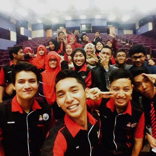 """A moment can not be replace...?? """" Together We Rule, nothing can stop us to be ultimate Awesome...???"""" We Are ?COMPAS ? ?together we achieve more? VSCO Vscocam Ikutcarakita Ceritakudalamsatugambar compasFamily dcsMindsetTalk momentCanNotbeReplace uitmSegamatJohor"""