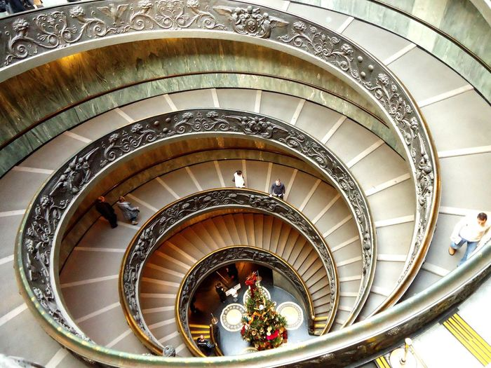 Up from above. Staircase People Christmastree Upfromabove Rome Italy VaticanCity Vatican Inesoliveira Photography