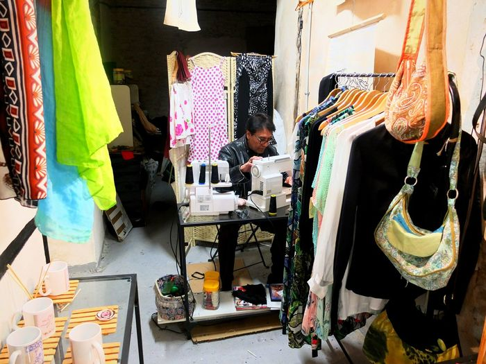Tailered To You Tailering Fabrics Clothing Barcelona Man Sewing Store Shop Traveling