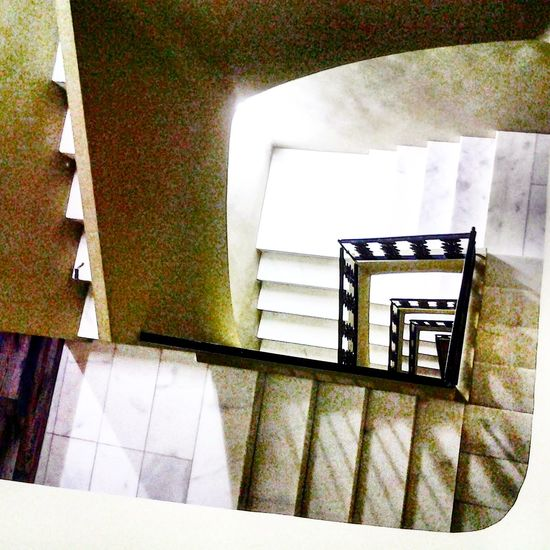 Alebovino 2017. Staircase Steps And Staircases Railing Built Structure Architecture Spiral Staircase Steps Indoors  No People Day Connection Arts Culture And Entertainment Reflection Alejandro Maciel. Alebovino Ciudades Y Gente Religion Architecture One Girl Only Looking At Camera Illuminated Adult Building Exterior Young Adult Large Group Of People