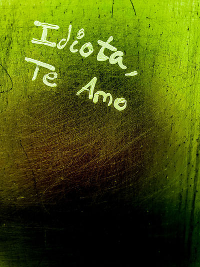 Amar a un idiota- en los aseos de Las Palmas Feeling Graffiti Love Emotion Writing On The Wall Copy Space Wc Wall Toilet Wall Wisdom Background Admit It Spanish Truth Edding Spraying Backgrounds Textured  Communication Full Frame Text Close-up Green Color Written Information Handwriting  Note I Love You Love Letter Capital Letter Western Script