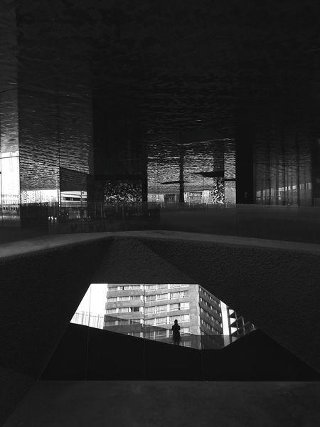 En un mundo paralelo Reflections Series By Alberto Soria Monochrome Bw Streetphoto_bw Barcelona Bcn Forum Barcelona EyeEm Best Shots - Reflections Streetphotography Reflection_collection