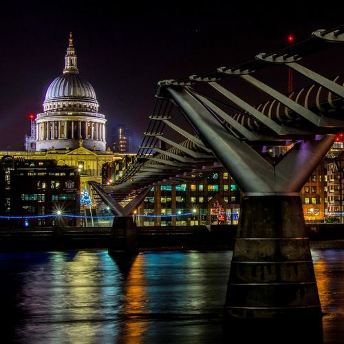 St Paul's Cathedral & the Millenium Bridge TateModern Bankside Southwark  River Thames Nightscape London LONDON❤ Millenium Bridge Cathedral StPaulscathedral Architecture Built Structure Night Illuminated Building Exterior Bridge - Man Made Structure River City Travel Destinations Dome