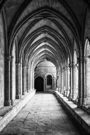 Diagonal Ancient Floor Arch Architectural Column Architecture Arles Black And White Built Structure Cloister Corridor Day Floor History Indoors  Medieval Medieval Architecture No People Straight Lines Symmetry The Way Forward