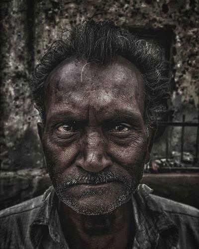 Portrait Poser Posing Old Man Note5 Natgeo Samsungnote5 Samsung _soi Soidelhi Streetphotographyindia Photooftheday Streetsofindia Lonelyplanetindia Indianphotography Sarthaksinghalphotography Natgeotravel Iwanderwhy Mypixeldiary Picoftheday Photooftheday