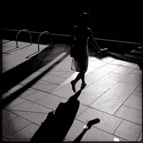 NEM Street Streetphoto_bw Finding The Next Vivian Maier TheMinimals (less Edit Juxt Photography)