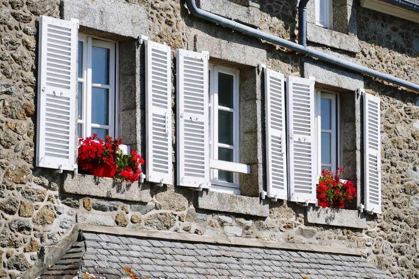 Window Architecture Building Exterior Flower Window Box Red House Shutter Shutters White Shutters Windows Windows_aroundtheworld