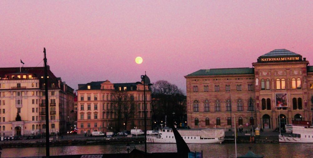 Fullmoon in Stockholm December EyeEmNewHere Ilovephotography Travel Photography Travel Destinations Yellowmoon Purple Pink Otherkindofvenice Swimmingcity Boats Stockholm, Sweden Fullmoon Sunset Boat Architecture Built Structure Building Exterior Sky Outdoors Travel Destinations Water City No People Day EyeEmNewHere