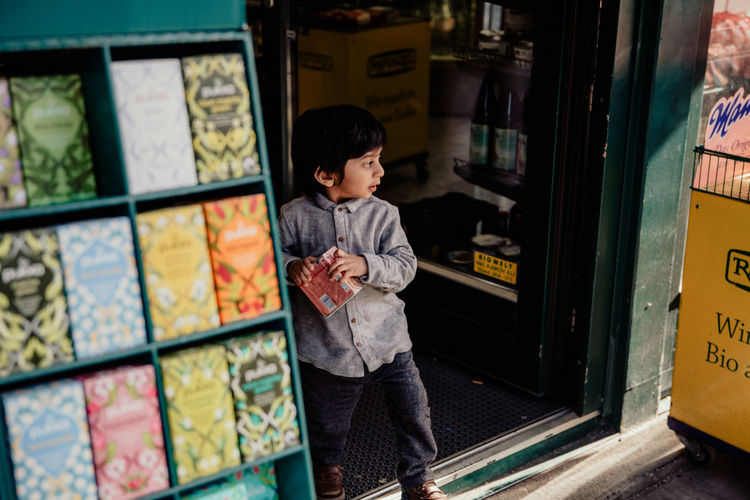 Streetwise Photography Child Childhood One Person Boys Real People Males  Men Innocence Casual Clothing Lifestyles Indoors  Three Quarter Length Cute Looking Standing Leisure Activity Offspring Naschmarkt Vienna Wien Streetfood Market The Art Of Street Photography The Street Photographer - 2019 EyeEm Awards