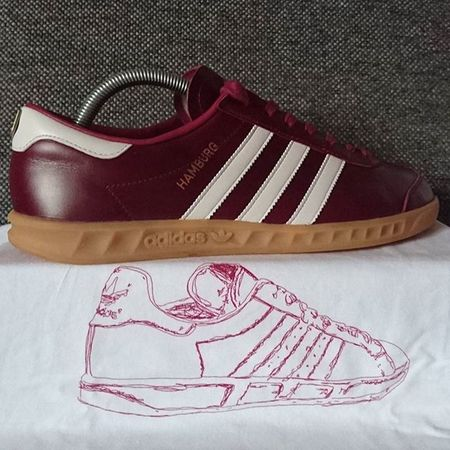 Handmade Adidas Hamburg with some handpainted designwork from @northerncasualsclothing Adidashamburg Adidasmig Mig Northerncasualsclothing Teamtrefoil Keepitcasual Thebrandwiththethreestripes 3Stripes2soles1love