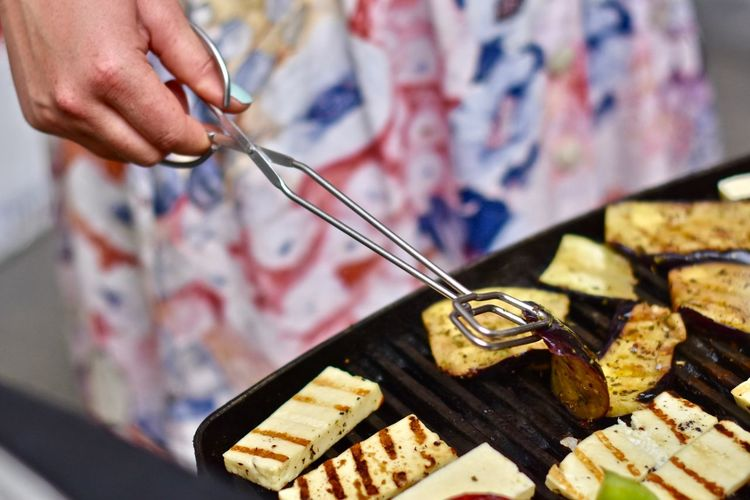 Grilling Cheese Close-up Eating Utensil Enjoying Life Focus On Foreground Food Food And Drink Grill Grilled Vegetables Halloumi Hand Holding Human Body Part Human Hand Kitchen Utensil Lifestyles Midsection One Person Skill  Weekend Activities