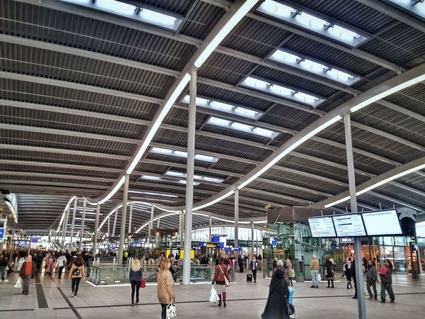 NL Netherlands Utrecht Utrecht Centraal LGG3 Large Group Of People Travel Railroad Station Walking City Life Real People Train - Vehicle Men Women Journey Architecture City Public Transportation Modern Railroad Station Platform Travel Destinations Day People