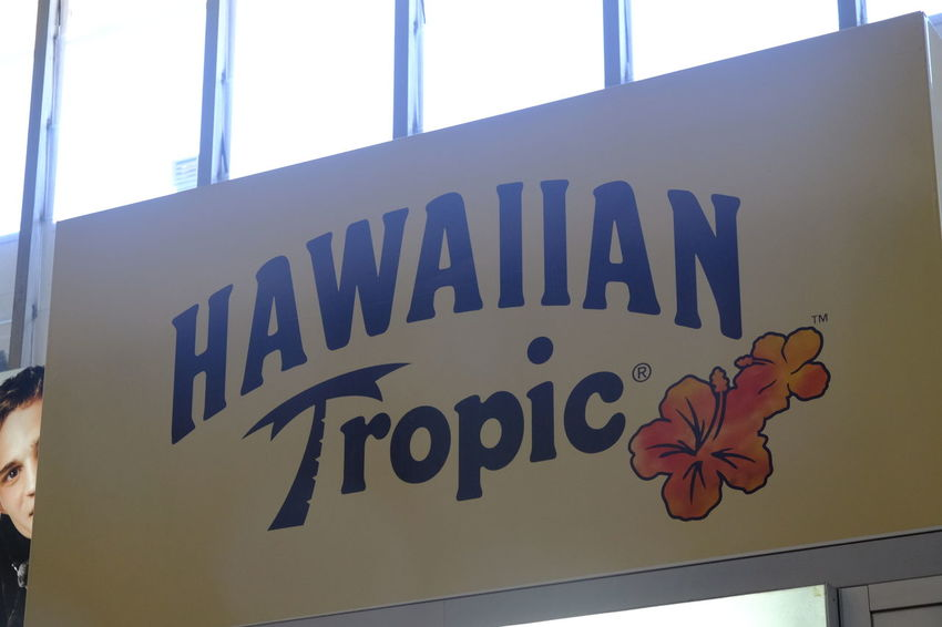 Rome, Italy - August 11, 2017: Hawaiian Tropic logo. Founded in 1969, the Hawaiian Tropic brand is one of the most luxurious lines of sun care in the world Logo Prevention Of Sunburn Sunrays Tanning Brand Design Editorial  Melanoma No People Prevent Skin Cancer Skin Care Skincare Product Spf Sun Sun Bathing Sun Ray Sun Rays