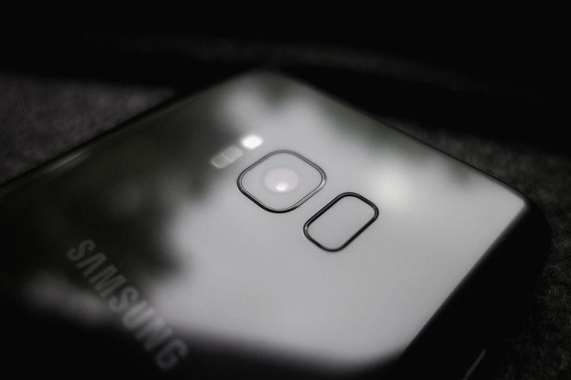 Dark Phone for