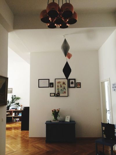 some great Lamps in an amazing Aparment