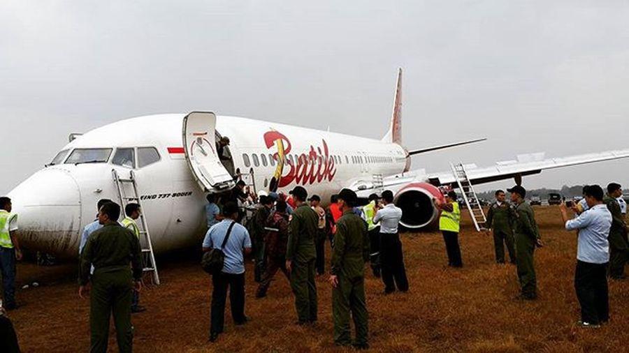 Makasih semua crew airline staff personel AU dan semua pihak yang telah membantu. Jodoh Maut dan Mati kupercayakan pada-Mu ya Rob. Batikair ID6380 overshoot @adisucipto airport PK-LBO 06.11.15 15.15 WIB still love u batik.... maju terus penerbangan indonesia!!! Batikair ID6380 6380 Adisucipto Boeing Boeinglovers Batikairlines Pk -LBO Adisuciptoairport Overshoot