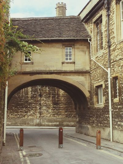 Oxford Arch Architectural Feature Architecturelovers Architectural Detail Face Unhappy Face Street Photography Streetview Sandstone Cobblestone Cobblestone Streets Faces