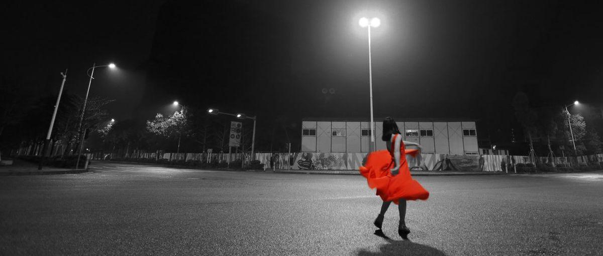 黑夜舞者。