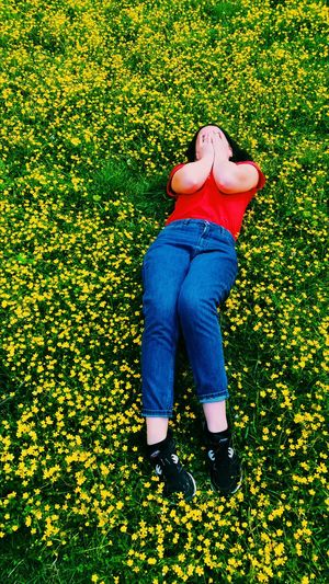 Grass One Person Green Color Day Casual Clothing Nature Human Body Part Outdoors Real People Inspiration Inspire Flowers 🌸🌸🌸 Flower Blooming Flowers Flowers, Nature And Beauty Albania Flower Photography Outdoor Beauty In Nature Nature