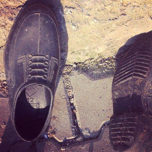 Çocukluğumuzun kara ama tatlı hatıraları... :)) Kara Lastik Black Shoes village köyüm hatıra tor samsun