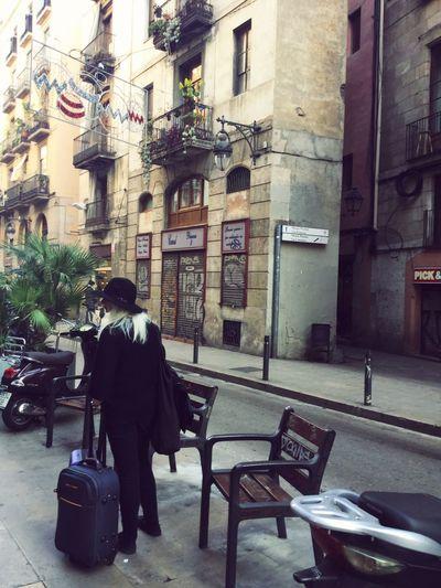 Barcelona Urban Picasso blondie travel hat luggage Europe