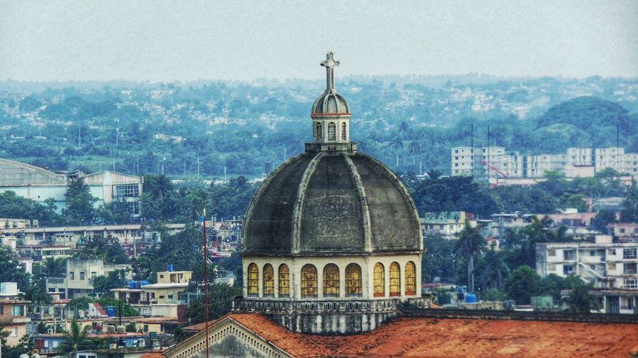 Cúpula desde balcón Cuba City Cityscape Dome Place Of Worship Religion Architecture Sky Building Exterior Built Structure Church Cupola