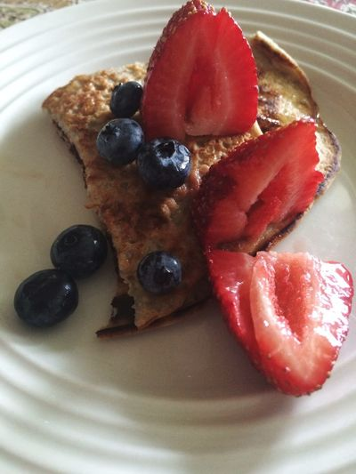 Breakfast Fruits Pankakes Yommy