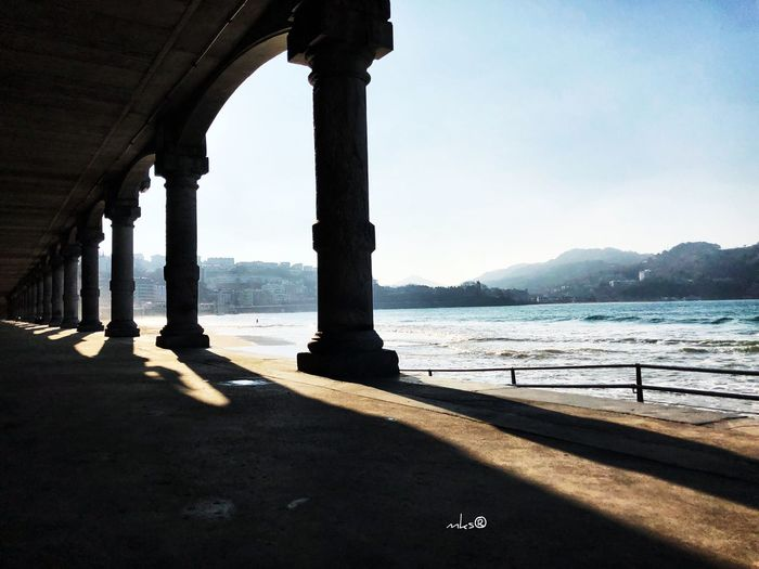 Daily Contrast Beautiful Beauty In Nature EyeEm Best Shots Bestoftheday Architecture Built Structure Architectural Column Day Sunlight Shadow Water Travel Destinations Nature Sea Sky