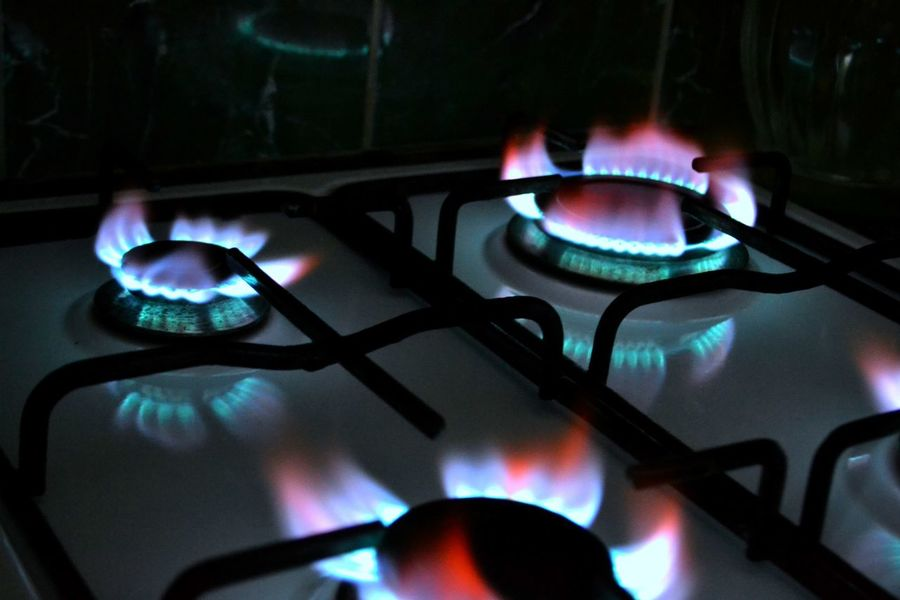 Flame Heat - Temperature Burning Burner - Stove Top Stove Fuel And Power Generation Gas Stove Burner Indoors  Close-up No People Gas