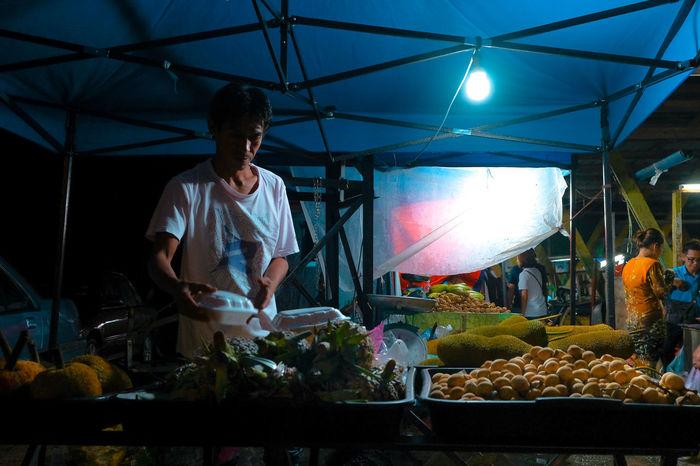Night Market Fruit Fruits Market Marketplace Night Market Nightphotography Street Market Street Night Street Night View