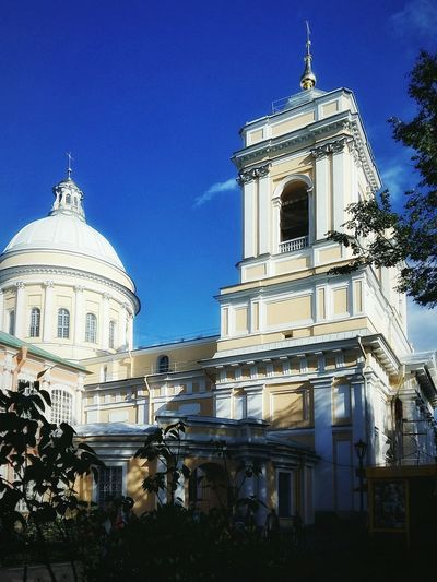 Light & shadow Architecture Building Exterior Church Famous Place Façade Tree Outdoors Saint-Petersburg Church Summer2016 Saint Petersburg Day Sunnydays SaintAlexanderNevskiMonastery SaintAlexanderNevski