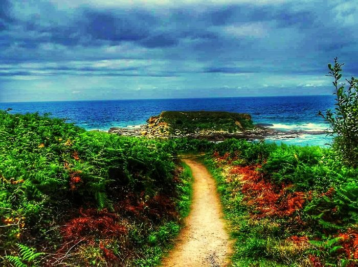 The path to paradise Path Paradise Holidays ☀ Spain♥ Just Spain Wish I Was Still Here Hondarabia Iruña  Seascape HDR Stormy Weather Colour Of Life
