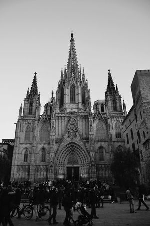 Cathedral Art Sculpture Barcelona Barrio Gótico Hello World Hello EyeEm Hello Barcelona Amazing Architecture People Watching People Walking  Blackandwhite
