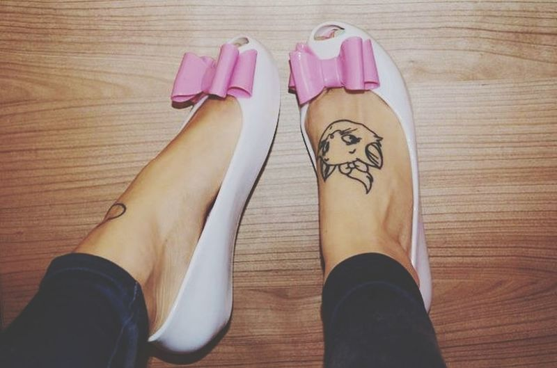 Enjoying Life Pretty Girl Shoes My Tattoo