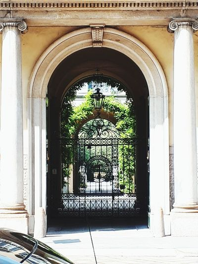 cortili interni Ancient History Arch Window Door Ornate Doorway Entrance Palace Architecture Entry Archway Architectural Feature Passage Historic Building