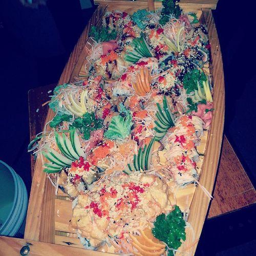 🍘🍣🍙🍙🍙🍘😆 here come the ship . BIG Sushi Boat Tasia