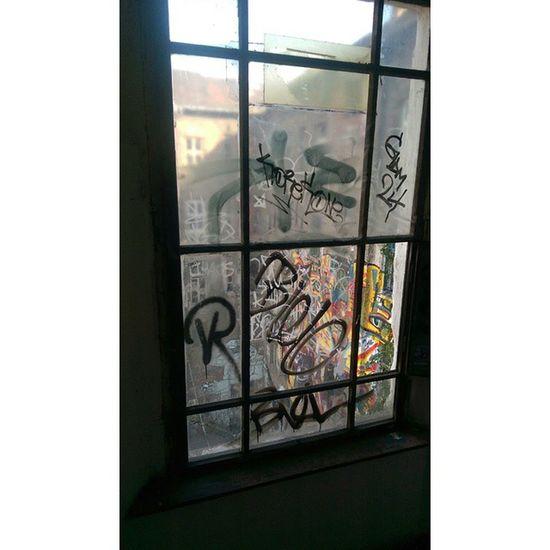 Ghetto Streetart OneLove GDMXXIV Korek