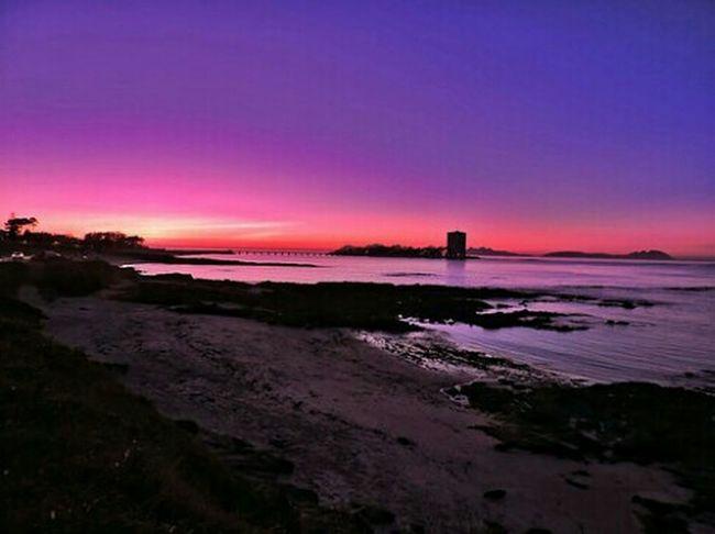Violetas... Vigo, Galicia (España) #vigo #galicia #pontevedra #spain #españa Galifornia Playa Violetas Atardeceres