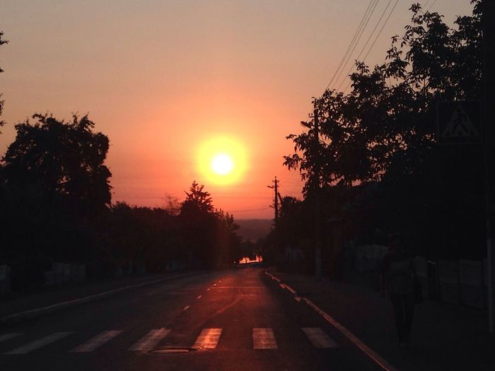 Street Photography Street Enjoying The Sun восход