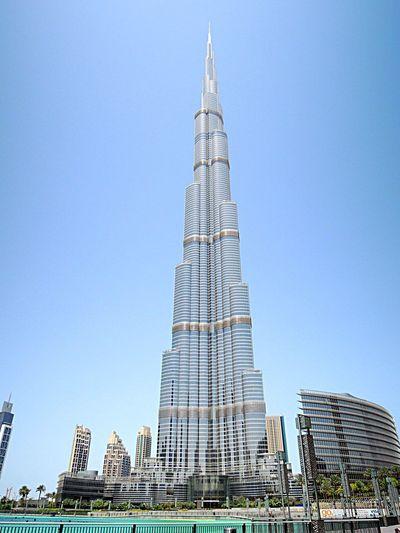 Burj Khalifa Dubai Traveling
