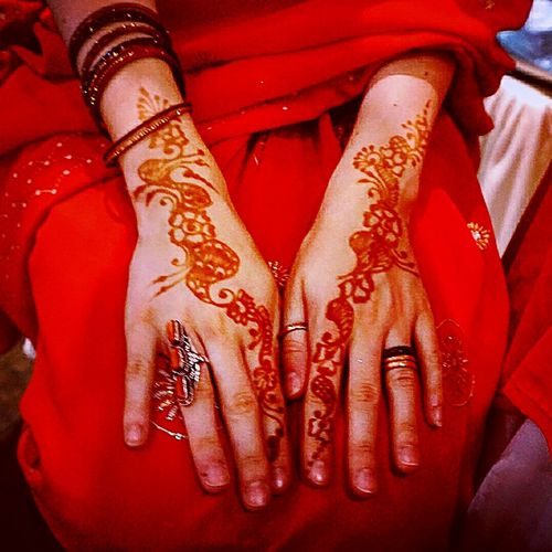 My henna hands India