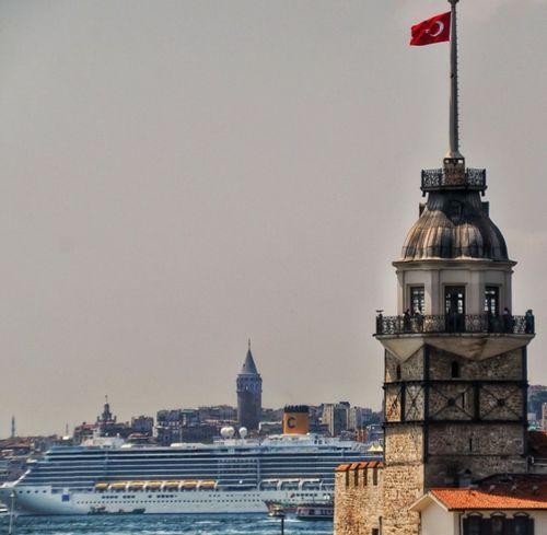 Istanbuldayasam Sun#sea#clouds#sunset#sky#ship#mosque#kizkulesi Love Uskudar
