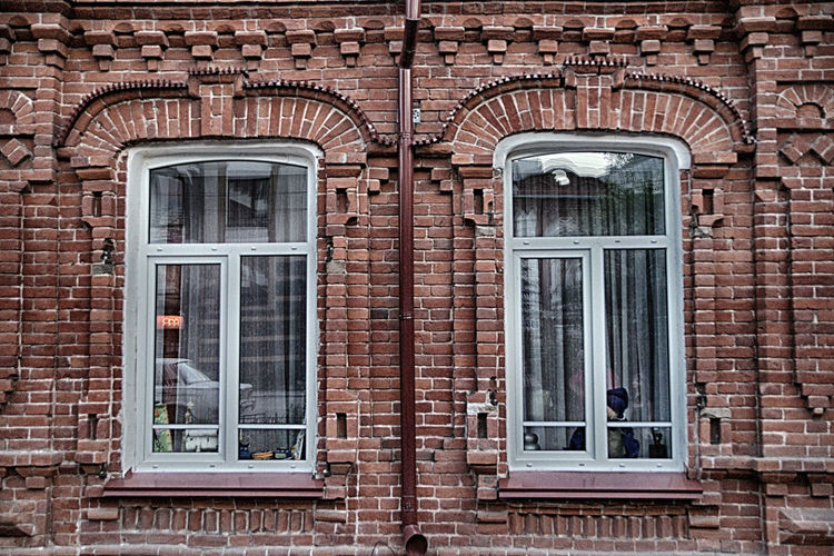 Window Building Exterior Architecture Built Structure Brick Brick Wall Glass - Material Building Wall No People Day Full Frame Arch Outdoors City Old Door Backgrounds Residential District Wall - Building Feature Window Frame