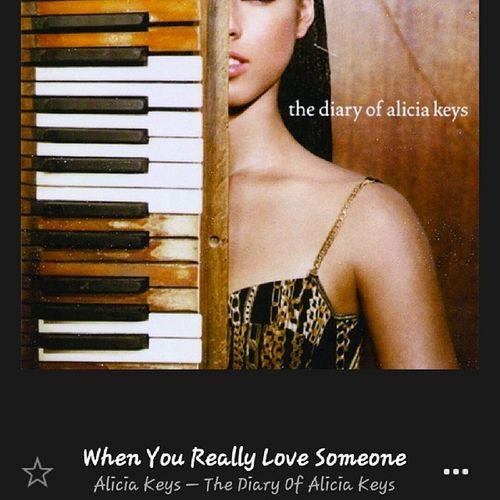 This song...Myoldfav Whenufindsomeoneshesdescribing Keephim \her