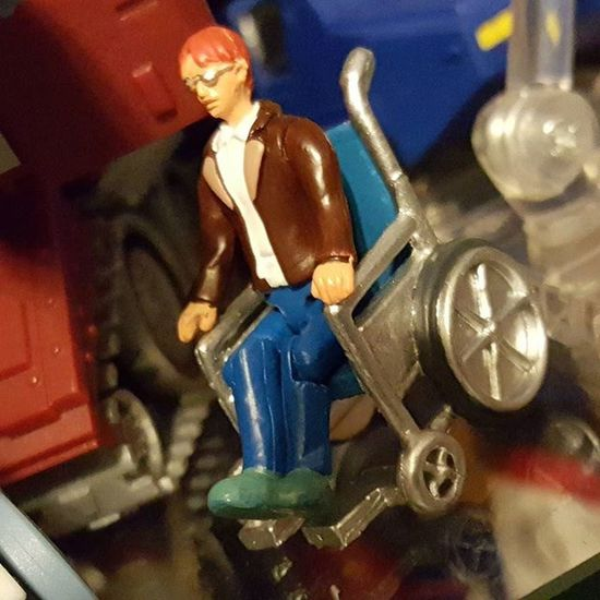 Shout out to Chip Chase, sitting in his Daddy's wheelchair. Transformers Toycrewbuddies Toys Toystagram Autobots Decepticons Toysaremydrug Brothersinplastic Transformers_4life TCC Ihavemoretoysthanyourkids Brothersinplastic ROC Realmofcollectors 3rdparty Badcube Chipchase